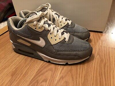 separation shoes 1ade7 060c6 Nike Air Max 90 Size 9.5 Cool Gray Fast Shipping!