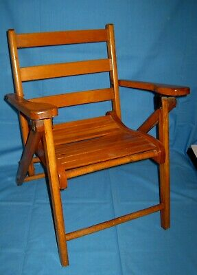 Vtg Small Wood/Wooden Slat Folding Childs Chair!