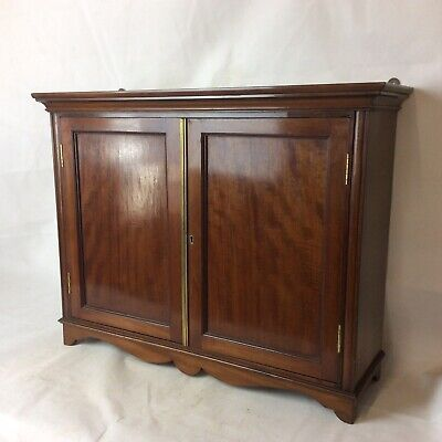 Good Quality Antique Edwardian Mahogany Two Door Wall Cabinet