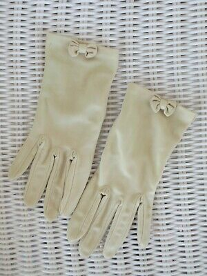 Demure little latte wrist-length vintage dress gloves with bow size 7