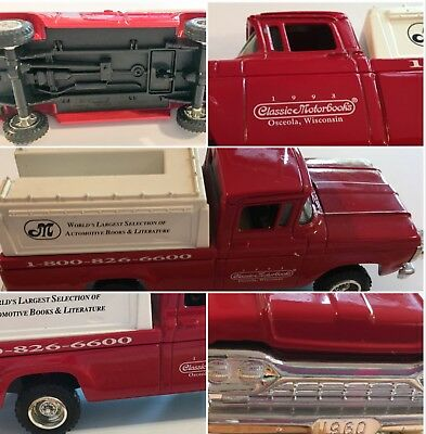 Ertl Metal Red Truck Bank Classic MotorBooks Wisconsin Made USA    SKU 049-05