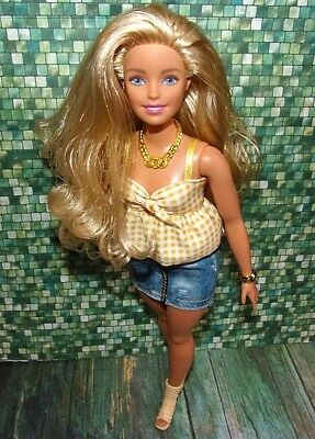 PINK SLEEVELESS  TOP  FOR CURVY Barbie doll