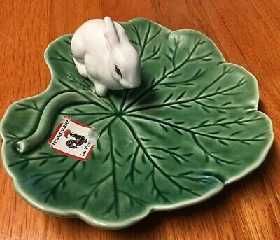 BORDALLO PINHEIRO Portugal Rabbit Bunny Dish Tray  Green Leaf Platter