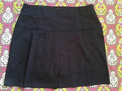 Girls Navy Blue Skort Size 18.5 Plus- Perfect For Summer Or School