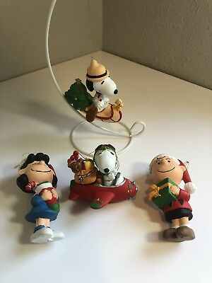 Snoopy Ornament UFS Christmas Family Qty 4 Peanuts Collectible Vintage