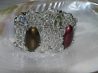 Vintage Sarah Cov Signed Wide Ornate Silvertone Square Links w Plastic Marquise