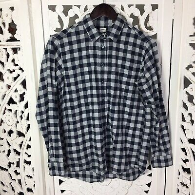 f77c626c Uniqlo Womens Button Down Flannel Shirt Sz Small Blue White Plaid Checkered