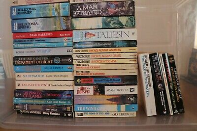 Job lot of 35 paperback books in the genre of fantasy/sci-fi