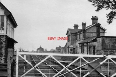 Photo  Beckingham Railway Station Notts Remains 1967 Gnr & Ger Jt Doncaster - Li