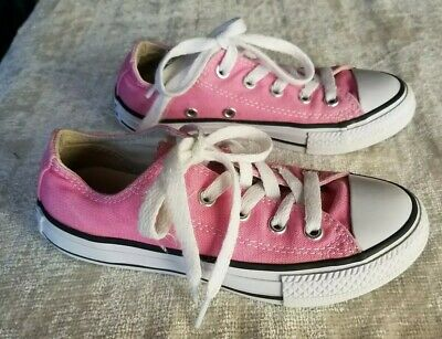 f23ed494c3dc GIRLS PINK CONVERSE Low Top Youth Size 12 Kids Canvas All Star ...