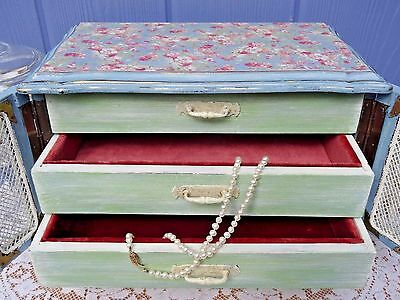 VINTAGE JEWELRY BOX- refinished shabby-cottage style,New Interior, pastel  floral