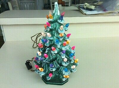 Ceramic Christmas Tree With Snow.Vintage Ceramic Green Christmas Tree Lights Snow Tips By Holland Mold 11 Tall