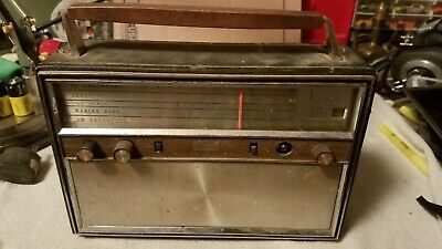 Vintage Arvin 4 Band All Transistor Radio (Parts Only)