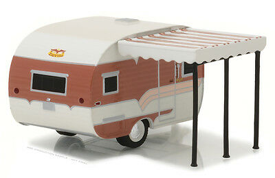 Greenlight 1:64 Hitched Homes Series 1959 Catolac Deville Travel Trailer 34020-B