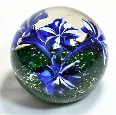Murano 5 Blue/ White Flower Glass Round Shape Paperweight Glitter Base Detail 4""