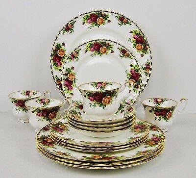 """Brand New - Royal Albert """"Old Country Roses"""" 16 Piece Fine China Dinnerware Set"""