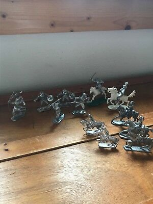 Lot #9 Pewter Silverplate White Silver Colored Plastic Medieval Knights Horses