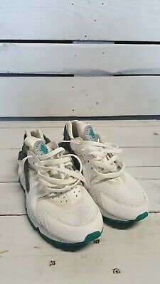 Nike huarache White / Turquoise Uk Size 10 Used