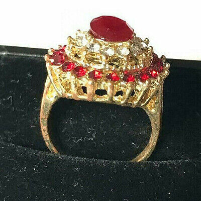 Beautiful Vintage Jewelry Women Gold Plated Ring Very Stunning