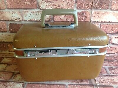 Vintage Hard Case - Makeup Up Case - Vanity Case Retro Style Carry Luggage Brown