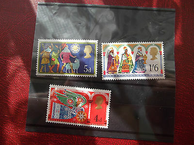 1969  Christmas Issue Mint Full Set 3 Stamps Queen Elizabeth II