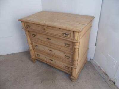An Extra Large Victorian Antique/Old Pine 4 Drawer Columned Chest of Drawers
