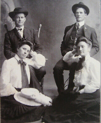 Cabinet Photo Of 2 Handsome Dapper Young Men & Their Lovely Ladies Bonham Texas