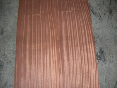 Ribbon Stripe Mahogany Wood Veneer. 11 x 87, 4 Sheets.