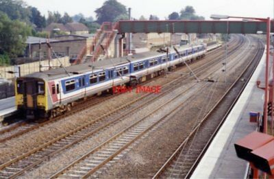 Photo  Arlesey Railway Station Bedfordshire 1991 Gnr London - Doncaster Etc. Mai