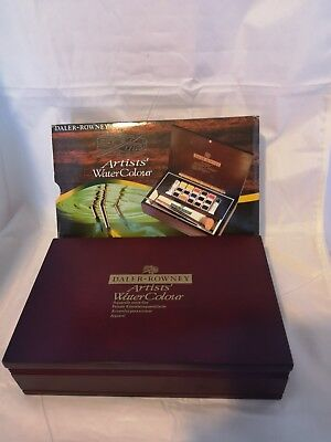 Daler Rowney Artists Quality Watercolour Half Pan Wooden Box - Small EX DISPLAY