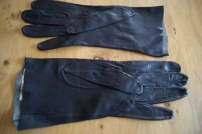 """PAIR of VINTAGE """"SPECIALITY GLOVES"""" BLACK KID LEATHER GLOVES Empire Made #G2"""