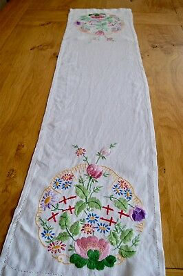 "VINTAGE IRISH LINEN TABLE RUNNER Floral Embroidery 44"" x 11"""