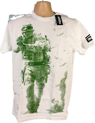 Mens T shirt size Medium White top Green call of duty modern warfare top