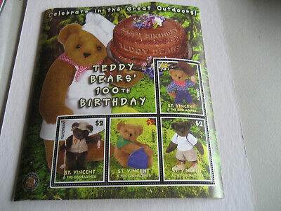 ST VINCENT & THE GRENADINES  2003   100th ANNIVERSARY OF TEDDY BEARS -OUTDOOR