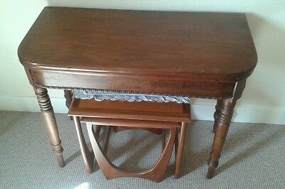 Antique mahogany breakfast kitchen dining room hall table folds out/ gate leg