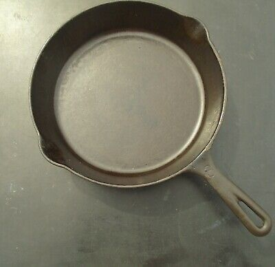 Unmarked Cast Iron #8 Skillet Vintage Cookware Heat Ring Kitchenware