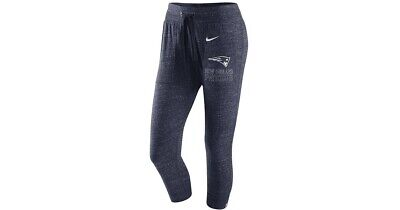 c85484fdcded7 Women s Nike New England Patriots Heathered Navy Vintage Gym Capri Pants  Large