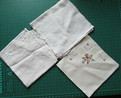 Mouchoirs anciens brodés, lot de 3 /FRENCH ANTIC HAND EMBROIDERY
