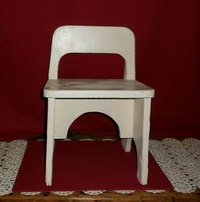 Vintage White Wooden  Child's Chair!    Adorable!   L@@K!    Buy It Now!