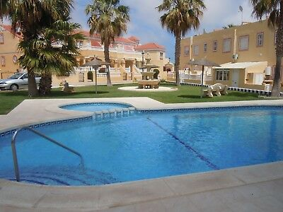 Costa Blanca South: Cabo Roig; 2 Bed House + 2 Communal Pools - Fully Gated