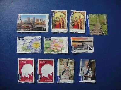 Australia. 10 International Stamps Used. No 5.