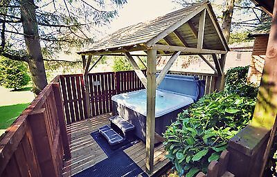 Late Deal 1 Night April Midweek Break in Log Cabin with Hot-Tub