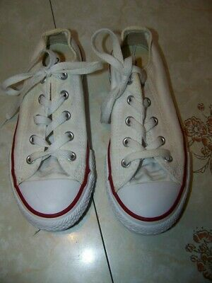 e22ee3ee3e74 Converse All Star Sneakers-Youth Sz 1 Tennis Shoes-White w  Red