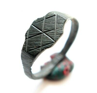 Medieval Old Ornament Bronze Finger Ring (AVG01)