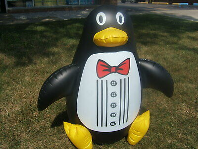 "Penguin Floating Inflatable 33"" Tall Swimming Pool Pet Poolmaster 81435 New"