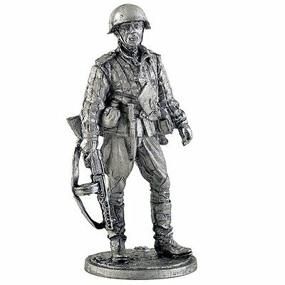Infantry, Sergeant Red Army. Tin toy soldier Collection 54mm metal sculpture