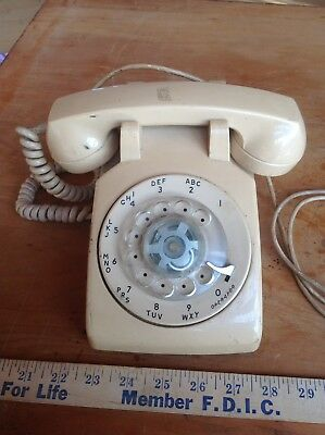 Vintage Stromberg Carlson Rotary Desk Telephone Collectible Mid century Decor