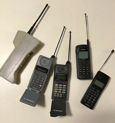 5 Vintage cell phones lot Of 5 (Motorola X3 , Nokia, Audovox) Great Collection!