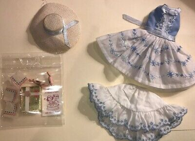 Vintage Skipper Doll HAPPY BIRTHDAY Outfit #1919  Present Hat Invitation Poppers