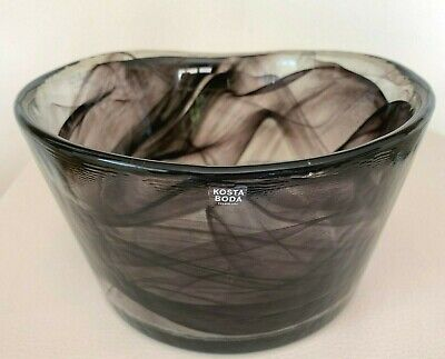 Kosta Boda Ulrica Hayden Vallien Mine Purple Swirl Art Glass Bowl 6 3/4""